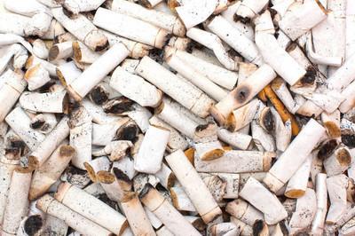 在俄罗斯一盒里士满黑铁香烟多少钱?