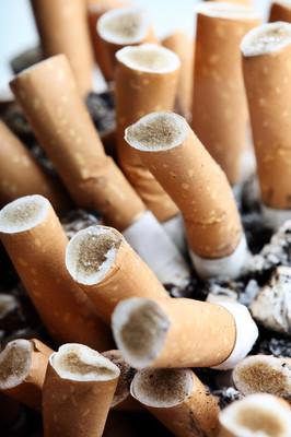 有几种百乐门香烟。它们是什么?