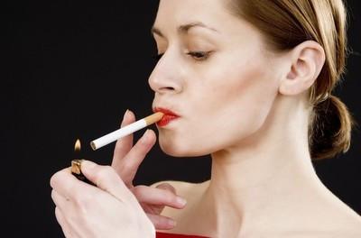 """为什么你现在不能在市场上买到""""金舒昌""""牌香烟?"""