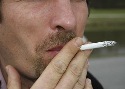 用50元钱抽一包真龙香烟是什么感觉?
