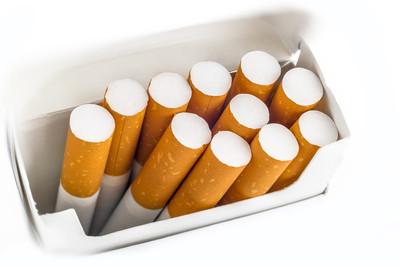 深圳实施新版《烟草控制条例》。第一轮烟草控制回合如何?你怎么想呢?