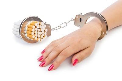 运动员吸烟吗?