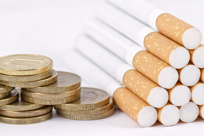 我买了一根帝豪牌香烟,抽了两根。我不理解上瘾。这是假香烟吗?如果我抽一根在别处买的帝豪牌香烟,我就不会再抽烟了?