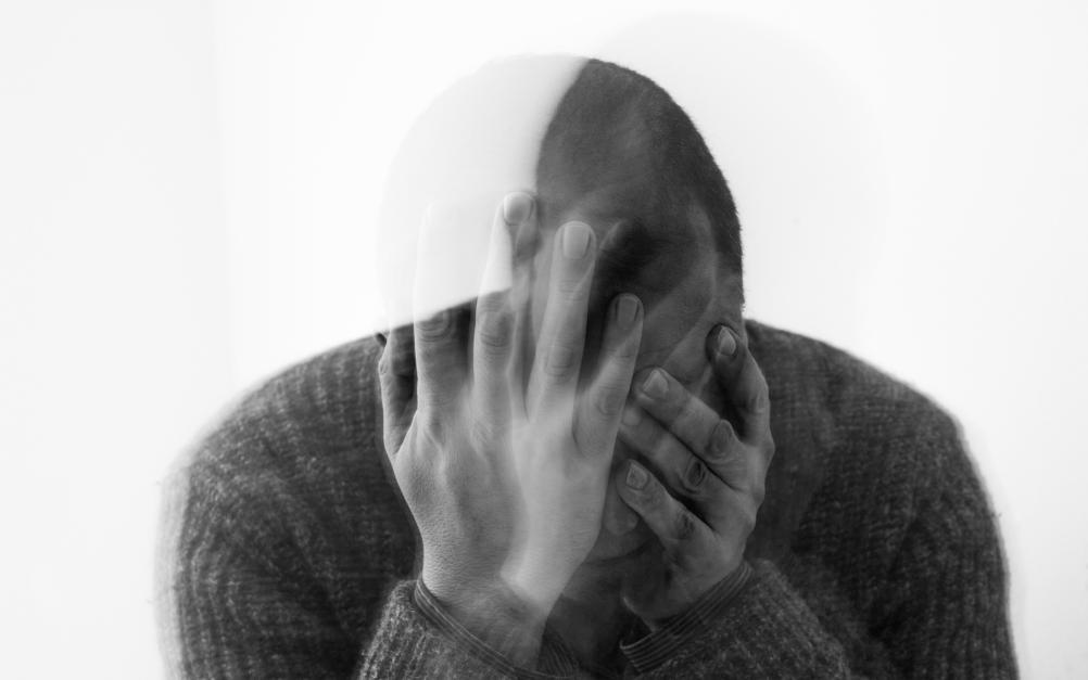 【经验谈】中年男人的崩溃瞬间:奋斗20年 败给了一包零食