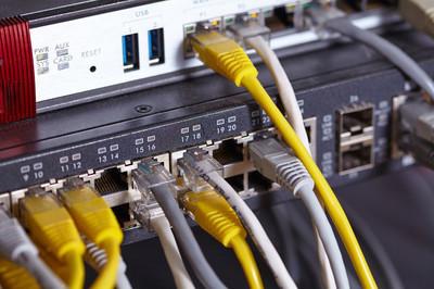 如何设置安装TOTOLINK无线双频路由器?