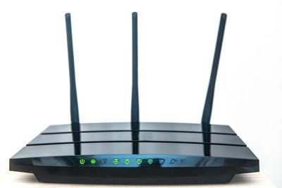 拓实无线路由器挂载网卡用手机怎么设置不插网线?