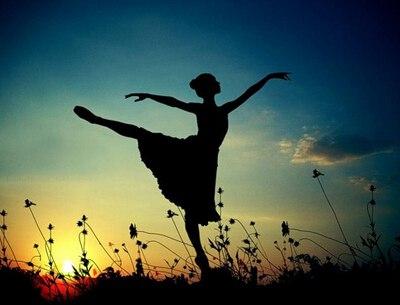 关于哲理的句子-哲理说说大全带图片:每一个不曾起舞的日子,都是对生命的辜负
