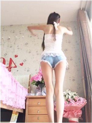 黄鳝女主播门视频百度云_小姐姐终于做了一首新歌,一夜之间被很多人下载。太精彩了!