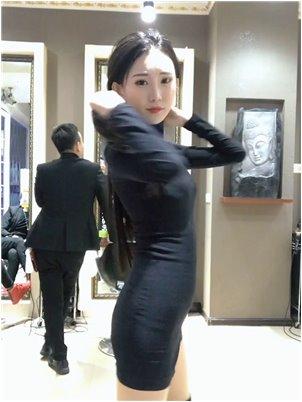主播an韩敏_颤音小姐白皙美丽,腿长1.5米