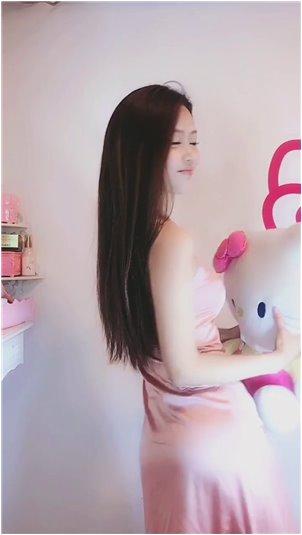 金艺贞vip在线观看播放_任意依恋:崔志泰和他爸爸玩游戏,表现出孩子般的天性,好幼稚!