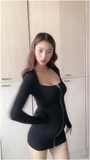 主播揉_韩国小姐姐侧脸劲盖《你的形状》