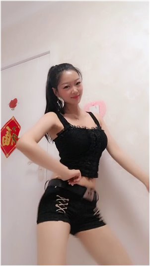 小姐姐电竞EE_韩国女主播排名第一,身材略胖,傲人。网友:王思聪最爱!