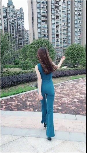 90万追女主播_孟!韩国视频女主播尼玛朴麦妮用的背景音乐最多!?