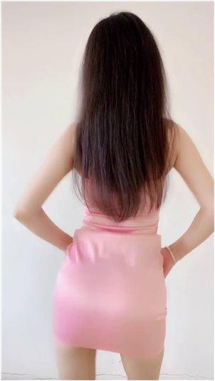 韩国大乳直播_性感的国内美女主播是深深的这种美女主播是超级性感的