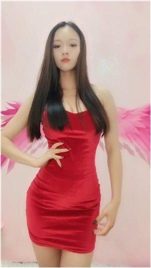 韩国女艺人换衣服偷拍视频_韩国妹子洗澡最美
