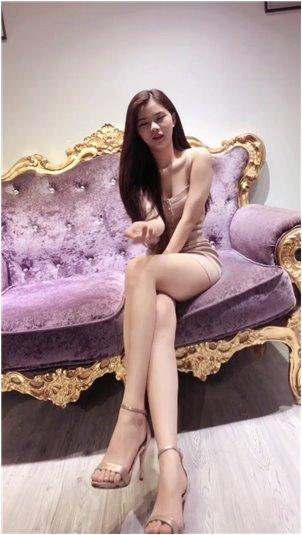 泰国翻唱_恶搞女主播找土豪买包被拒绝,态度马上就变了
