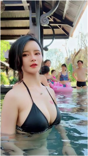 女主播电台_小杰杰制服照