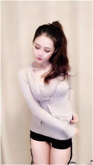 跳色舞女主播_LOL: Ti mo Feng带领人气女主播为中国队WE对MSI唱《第一个梦》