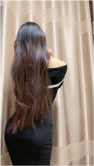19+韩国美女vip视频460_秀场上美女被扔拖鞋,最后背对着男生让他无语!