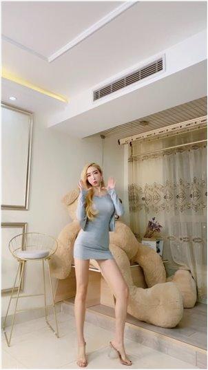lol打野主播_韩国女主播夏露·索罗·东格瓦格